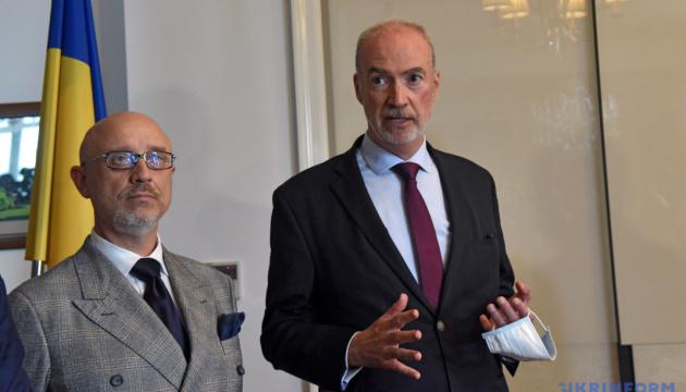 Франція реалізує і планує втілити в Україні низку проєктів на суму €1,5 мільярда – посол