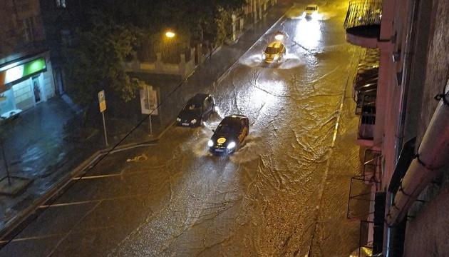 У Харкові за ніч випала півторамісячна норма опадів