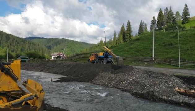 Шмыгаль рассказал, как ликвидируют последствия наводнений