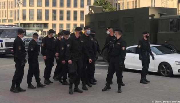 У Білорусі пройшли жорсткі масові затримання учасників акцій протесту