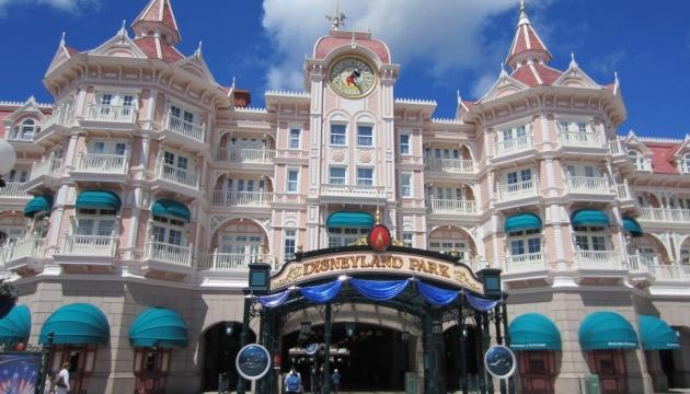 У Парижі відновив роботу Disneyland
