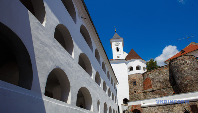 "Замок ""Паланок"" кличе туристів на онлайн-квести"