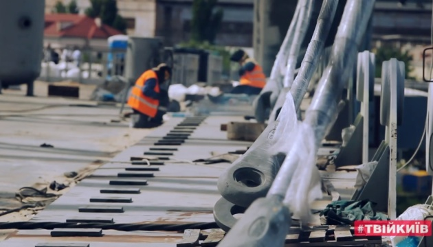КМДА заявляє, що жителі Русанівських садів заважають будувати Подільсько-Воскресенський міст
