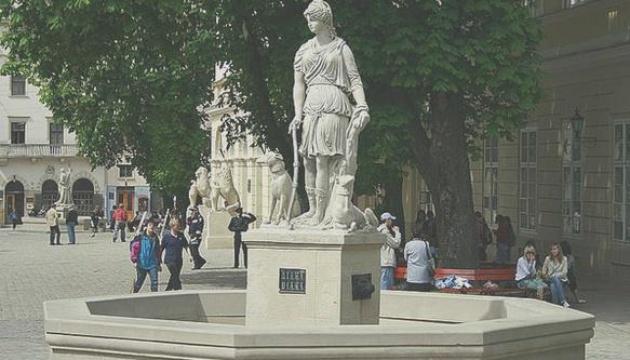 Топ-12 найстаріших фонтанів України