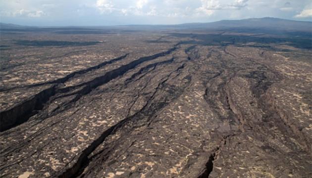 Африка медленно распадается на части - ученые