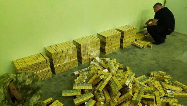 На кордоні з Білоруссю викрили рекордну за останні роки контрабанду сигарет