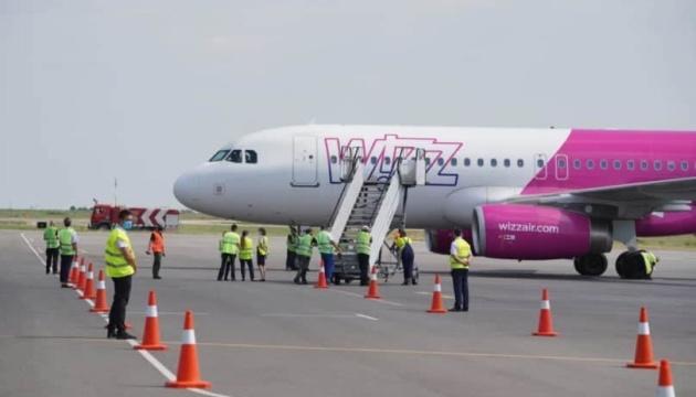 Запорожский аэропорт принял первый прямой рейс из Будапешта