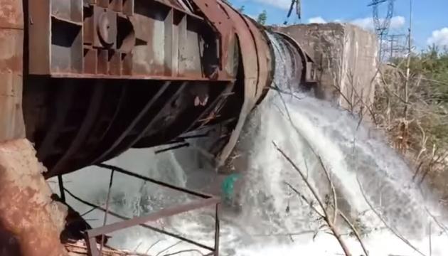 Ремонтники ліквідували два пориви на водогоні «Горлівка-Торецьк» у «сірій» зоні
