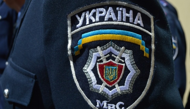 Man with grenade takes police officer hostage in Poltava