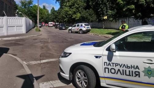 ЗМІ дізнались, хто взяв у заручники поліцейського в Полтаві