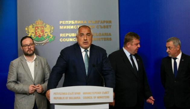 Четверо болгарских министров уходят в отставку на фоне протестов