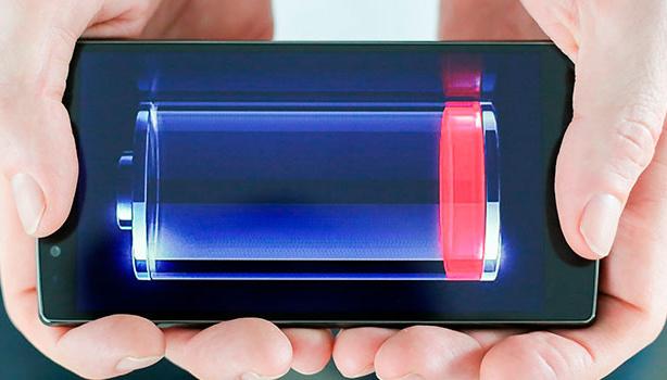 Вчені знайшли спосіб подовжити життя смартфона і зробити його дешевшим