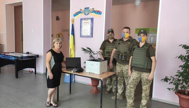 Українці Лейпцига відправили гуманітарну допомогу в прифронтову зону на Донбасі