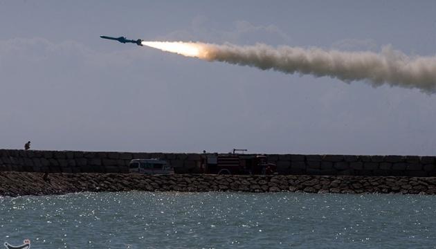 Іран відпрацював атаку на авіаносець США