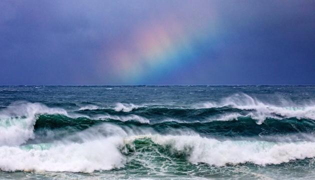 В Австралії лютує буревій – хвилі на узбережжі сягають 11 метрів