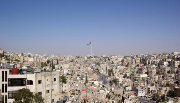 В Иордании более 800 человек отравились шаурмой в ресторане