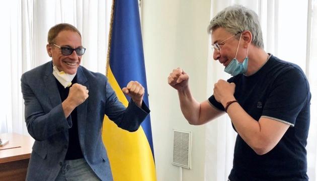 Netflix знімає свій перший фільм в Україні, серед акторів — Ван Дам