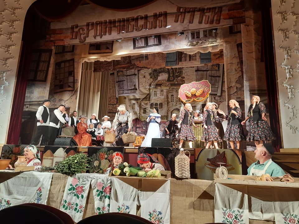 У Бердичівському театрі показали фрагмент прем'єрної комедії за мотивами Шолом-Алейхема