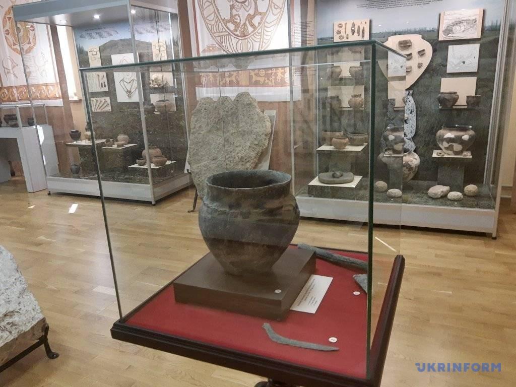 У Миколаєві відкрили унікальну виставку артефактів з городища кіммерійців
