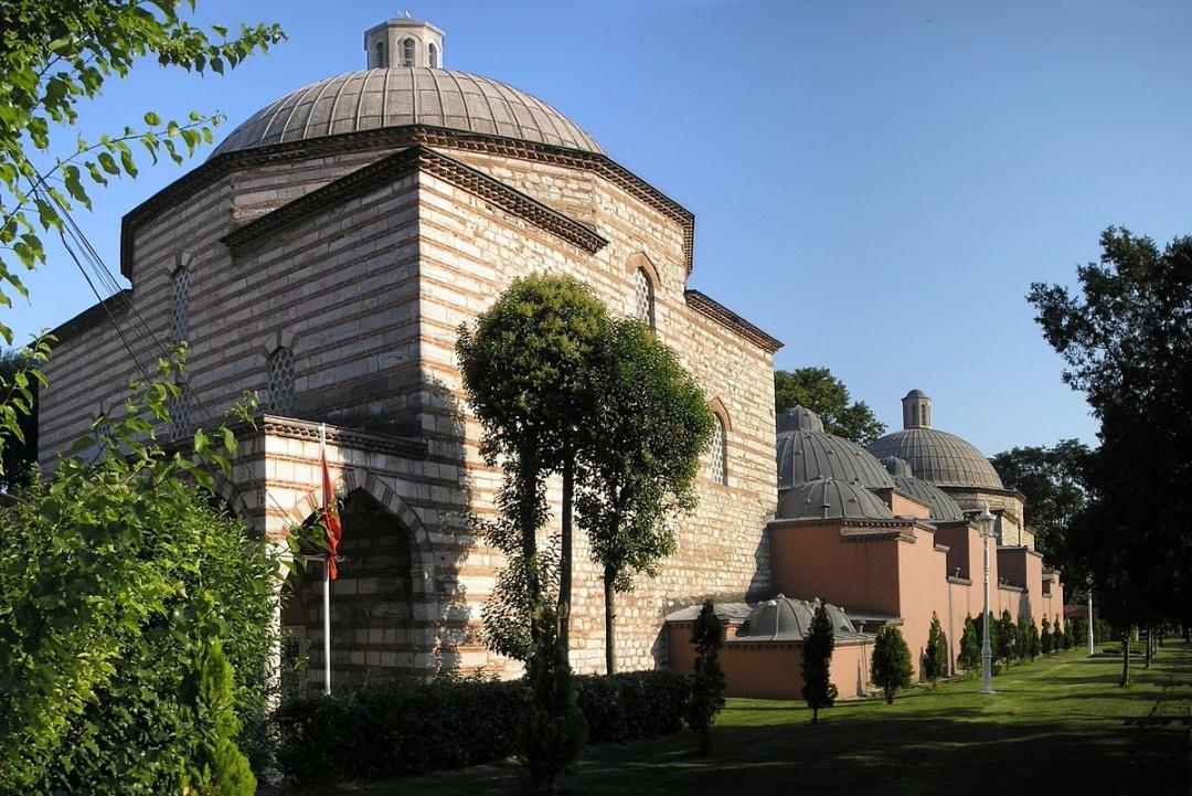 Хаммам, побудований за розпорядженням Роксолани (Стамбул, недалеко від собору Святої Софії)