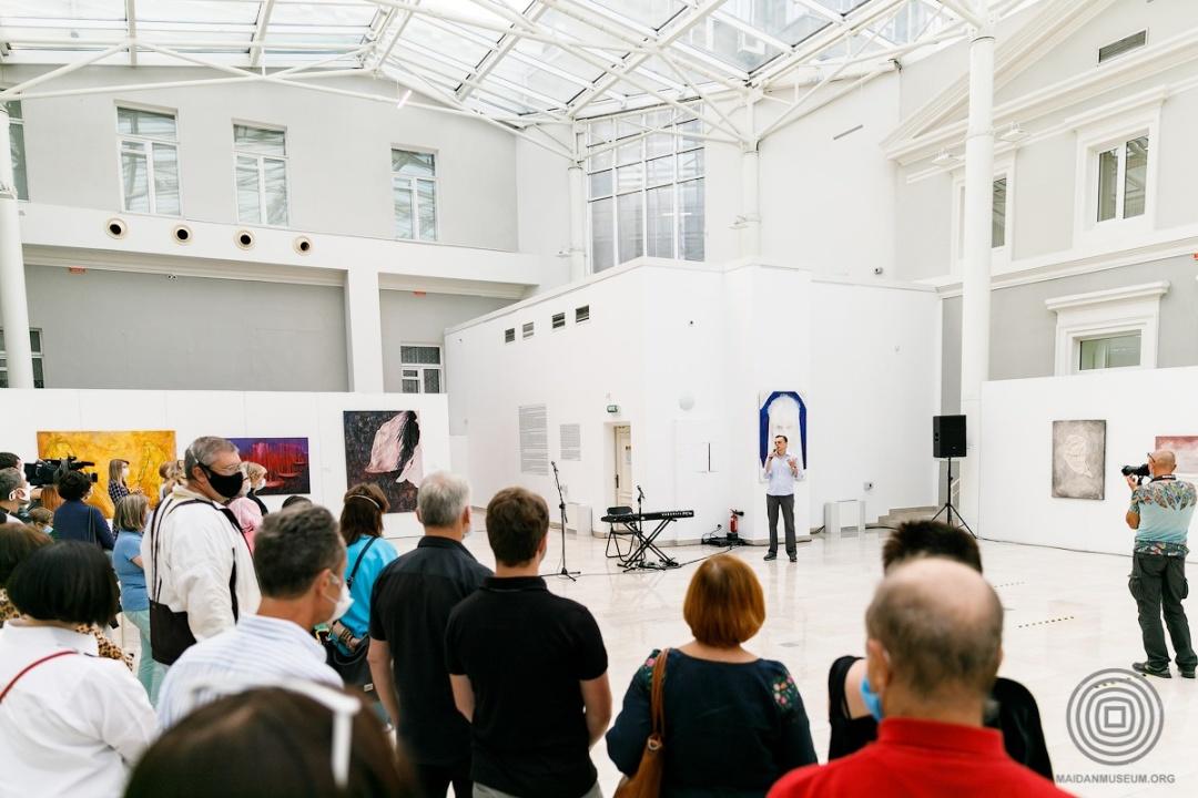 На відкритті виставки в Національному музеї Т.Шевченка