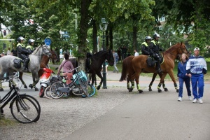 У Нідерландах мітингували проти обмежень через коронавірус