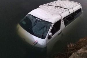 Біля столиці Єгипту автобус впав у канал, є загиблі