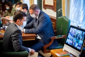 Адаптивний карантин: Зеленський вимагає від уряду чіткого пояснення людям