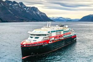 Кількість випадків коронавірусу на лайнері у Норвегії зросла до 40