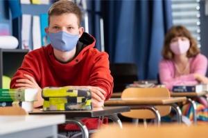 У Німеччині діти повертаються до шкіл