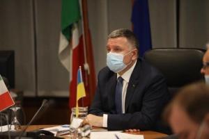 Украина будет перенимать опыт Италии по защите морских границ — Аваков