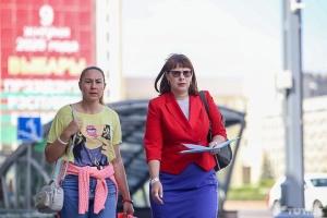 Затриману в Мінську начальницю штабу кандидата Тихановської відпустили після бесіди