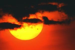 Учені знайшли загадкову гігантську хмару на Венері