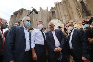 Макрон анонсировал международную конференцию для помощи Ливану