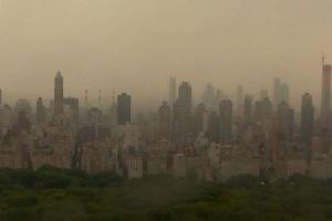 Блекаут у Нью-Йорку: без світла залишилася частина Манхеттена