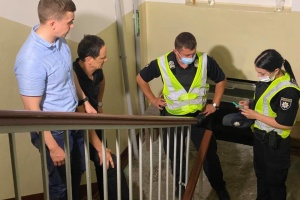 Abhörwanze in Wohnung entdeckt: Journalist angeblich abgehört