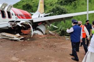 Кулеба выразил соболезнования в связи с гибелью людей в авиакатастрофе в Индии