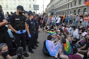 Омбудсмен Польщі відкрив справу через затримання у Варшаві ЛГБТ-активістів