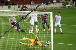 Лига чемпионов: «Бавария» и «Барселона» вышли в четвертьфинал