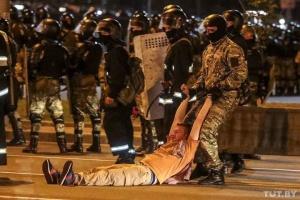 МВД Беларуси заявляет о 2000 задержанных протестующих