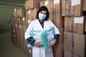 Київстар передав лікарням майже сім тисяч захисних костюмів