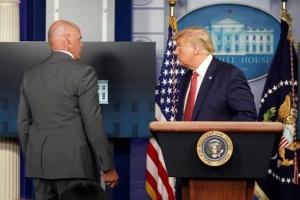 Стрельба во время брифинга Трампа: ранили сотрудника секретной службы