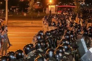 Протесты в Беларуси: силовики покинули улицы Минска