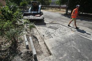 Київ не заплатить підрядникам за неякісні ремонти дворів
