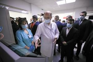 Зеленский проверил, как ремонтируют больницу в Борисполе