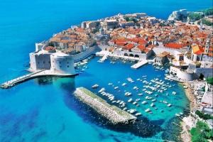 Хорватія продовжила обмеження на в'їзд іноземців, зокрема – й українців