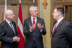 Страны Балтии призывают власть Беларуси провести новые выборы
