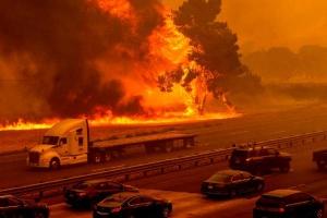 У Каліфорнії - нова лісова пожежа, евакуювали понад сто тисяч осіб