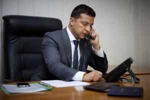 Zelensky mantiene una conversación telefónica con el primer ministro de Eslovaquia