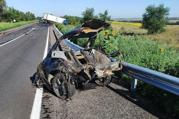 Im Gebiet Saporischschja PKW mit Lastwagen zusammengeprallt, vier Menschen tot